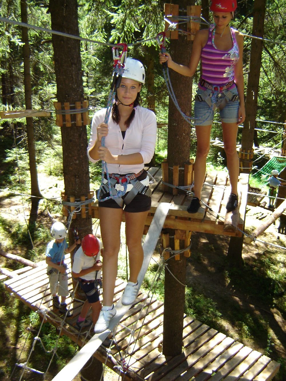 High-ropes course in Funes